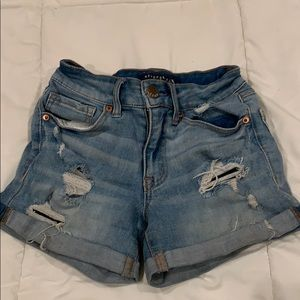 Adorable Aeropostale's ripped shorts, size 000